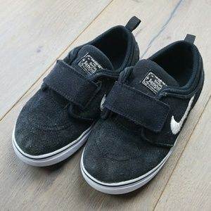 🔴Nike Stefan Janoski boys 10c shoes
